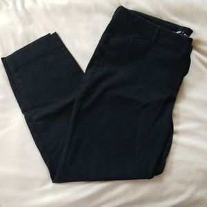 Old Navy black pixie pants